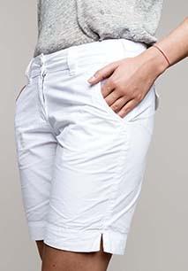 Ladies' Bermuda shorts