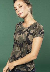 Ladies' short-sleeved camo t-shirt